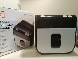 Lknw Tru Red Paper Shredder Tr nmc12m9a 12 Sheet Micro Cut In Box Euc
