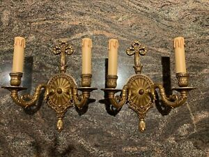 Pair Of Antique Style Wall Sconces Luminaire Brass Bronze