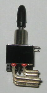Two Position Mini Toggle Dpdt Switch W Right Angle Leads 6a 125v On On