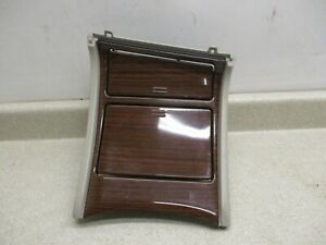 02 To 06 Escalade Center Console Cupholder Ashtray Compartment Oem