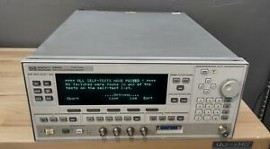 Agilent Hp 83623a Synthesized Signal Generator 10 Mhz 20 Ghz Opt 001 008