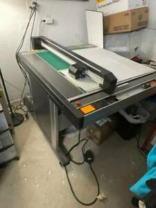 Graphtec Fcx 2000 Flatbed Vinyl Cutter And Packaging Fabricator