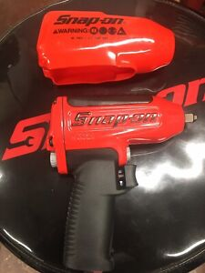 Snap On New Mg325 3 8 Drive Red Super Duty Air Impact Wrench W Boot