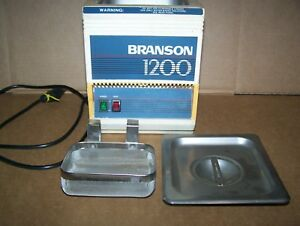 Branson 1200 2 Quart Ultrasonic Cleaner W heater stainless Tank And Basket used