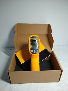Fluke 67 Max Clinical Infrared Thermometer