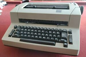 Ibm Selectric Personal Typewriter Very Rare Cleaned Lubed Dust Cover