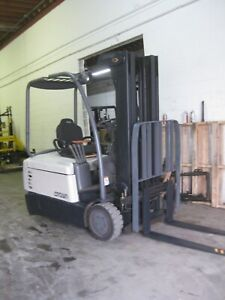 Crown Sc4040 35 Electric Forklift 3 Wheel Sit Down Forklift Push Pull Attach