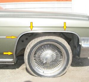 1971 1972 Cadillac Deville Right Front Wheel Opening Moulding
