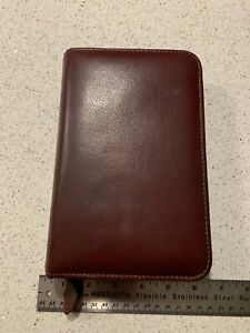 Vintage Day timer Maroon Leather Planner organizer 6 Ring Binder Portable Size