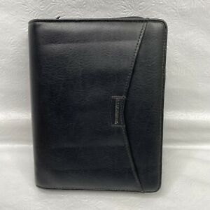Day Runner Black Faux Leather Zip Close 6 ring Planner Organizer With Calculator