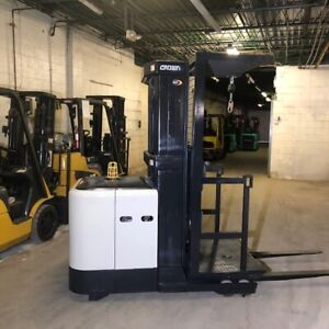 2010 Crown Sp3505 30 3000lbs Used Order Picker Forklift W only 1904 Hours