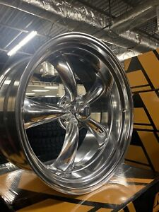 22 Inch Amerian Racing Wheels