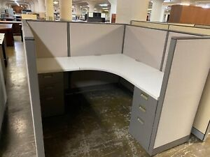 5 5 X 5 5 X 52 h Cubicles Workstations Partition System By Steelcase Avenir
