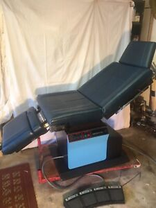 Midmark 111 Examination Table Fully Functional Works Great