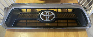2012 2013 2014 2015 Toyota Tacoma Front Grille W Emblem Oem Factory 53100 04470