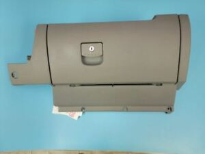 1998 2001 Vw Beetle Glove Box Assembly Gray See Pictures 1999 2000