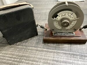 Vintage General Electric Testing Device Watthour Demand Meter M 30 New York