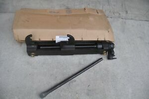 Track Adjuster Vehicle Track Connection Tool with Handle 8741739 Us Made Tank