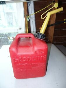 Chilton Gas Can 2 1 2 Gal Gallon Vented Pre Ban P250 Missing Screen