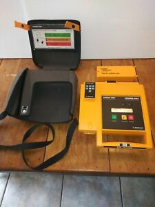 Medtronic Physio control Lifepak 500t Aed Trainer With Battery Pack Remote