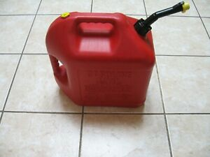 Pre Ban Blitz 5 Gallon Vented Gas Can Self Venting Curved Spout Cap