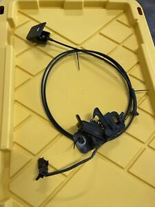 2011 Chevrolet Camaro Ss Oem Hood Latch W Cable Handle
