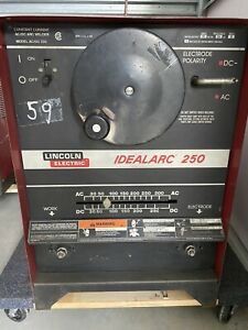 Lincoln Idealarc 250 Ac dc Stick Welder 1 Phase K1053 8 Can Ship