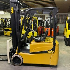 2015 Yale Erp040vtn 4000lbs Capacity Used Forklift W Triple Mast Electric Sides