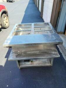 29 5 In 2 Bay Gas Steam Table Il Pick Up Only