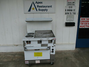 New Vulcan 36 Electric Range 2 French Plates 24 Griddle 1 Oven 6054