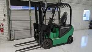 Brand New 3000lbs Electric Fork Lift Forklift