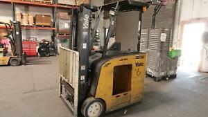 Yale Electric Stand Up Forklift 36v 2900 Lbs Load Height 189 In 6878 Hrs