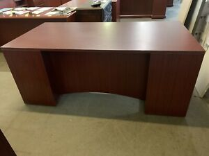 Executive Desk In Mahogany Color With Full Deluxe Pedestals