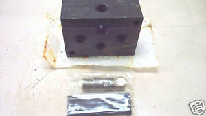 Snap tight Lubricator Part Subplate Pdt 01 2p New
