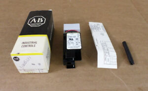 Allen bradley 800ms p26 Series E Pilot Light Push Button Switch