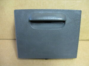 02 04 Ford Explorer Suv Console Cup Holder