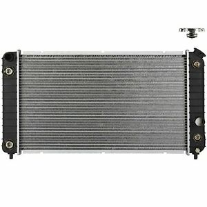 Radiator W New Cap For 1997 2005 Chevy Gmc S10 Blazer Jimmy Sonoma 4 3 V6 1826