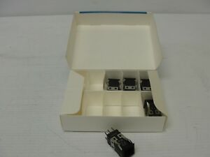 lot Of 5 Omron A3sa 7030 Lighted Pushbutton Switch Case 28v 1 2w 3a 125vac 2a