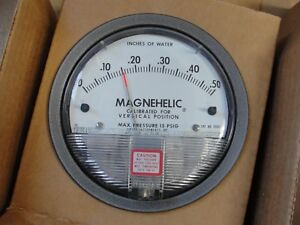 Dwyer Type 2000 0 Magnehelic Pressure Gage