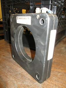 Square D Current Transformer 170r 122 Ratio 1200 5 10 Ky Bil 25 400hz Used