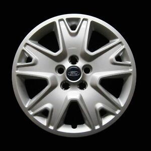 Hubcap For Ford Escape 2013 2016 Genuine Oem Factory 17 Wheel Cover 7062