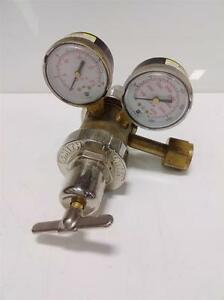 Smith 3000psi Oxygen Regulator 35 125 540