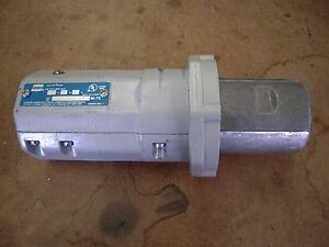 Crouse Hinds Apj 6385 Arktite Connector Plug Grounded 60a 2w 3p 250vdc 600va
