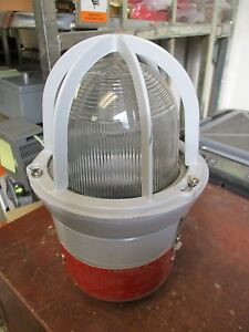 Crouse hinds Explosion Proof Light Ev1301 120v 2 5a 60hz Used