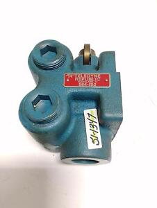 Teledyne Republic Directional Control Valve 964 is2