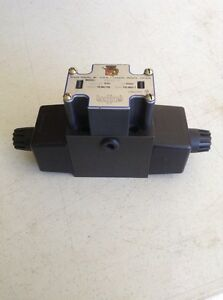 Monarch Hydraulic Directional Control Valve 01062 p