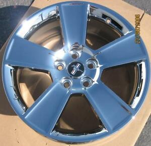 1 Single New 18 Factory Ford Mustang Gt Oem Chrome Rim Wheel 2005 2013 3647