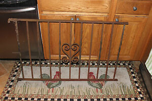 Vintage Wrought Cast Iron Architectural Garden Yard Art Fence Railing Lqqk