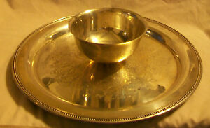 Oneida Wm A Rogers Silverplate Serving Tray With Bowl