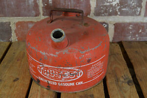 Vintage tru test M 2 1 2 Gallon Galvanized Metal Gasoline Can Gas